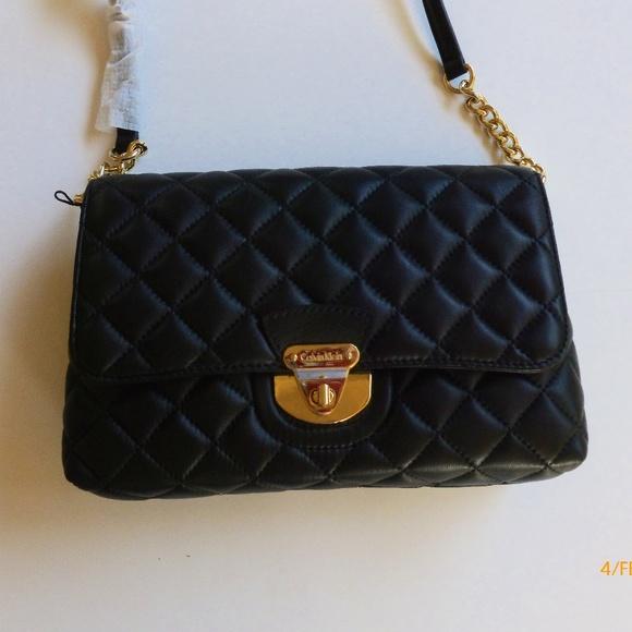 8feb1613c4316 HPREDUCED Calvin Klein quilted shoulder bag